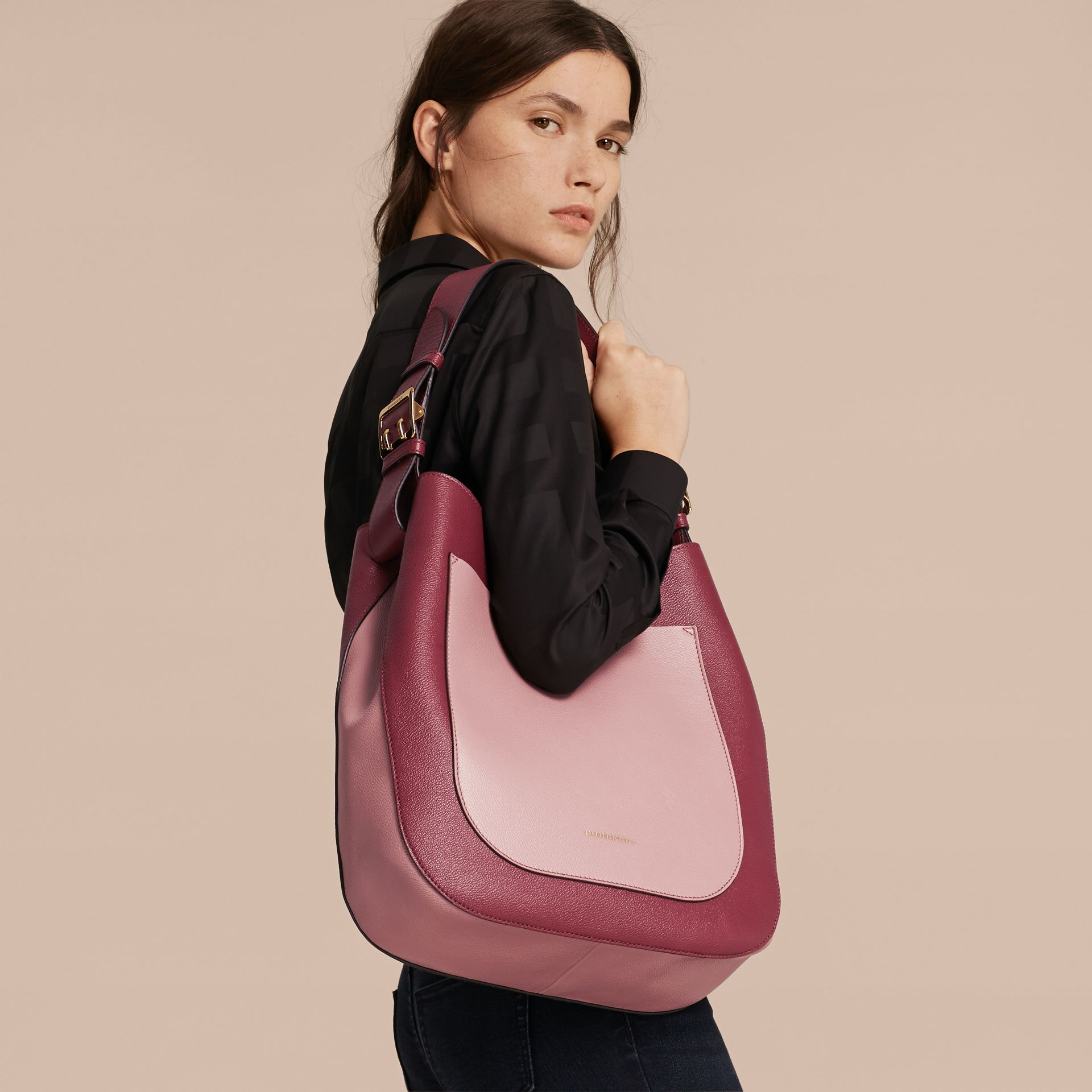 Textured Leather Shoulder Bag in Dark Plum/ Dusty Pink - gallery image 3