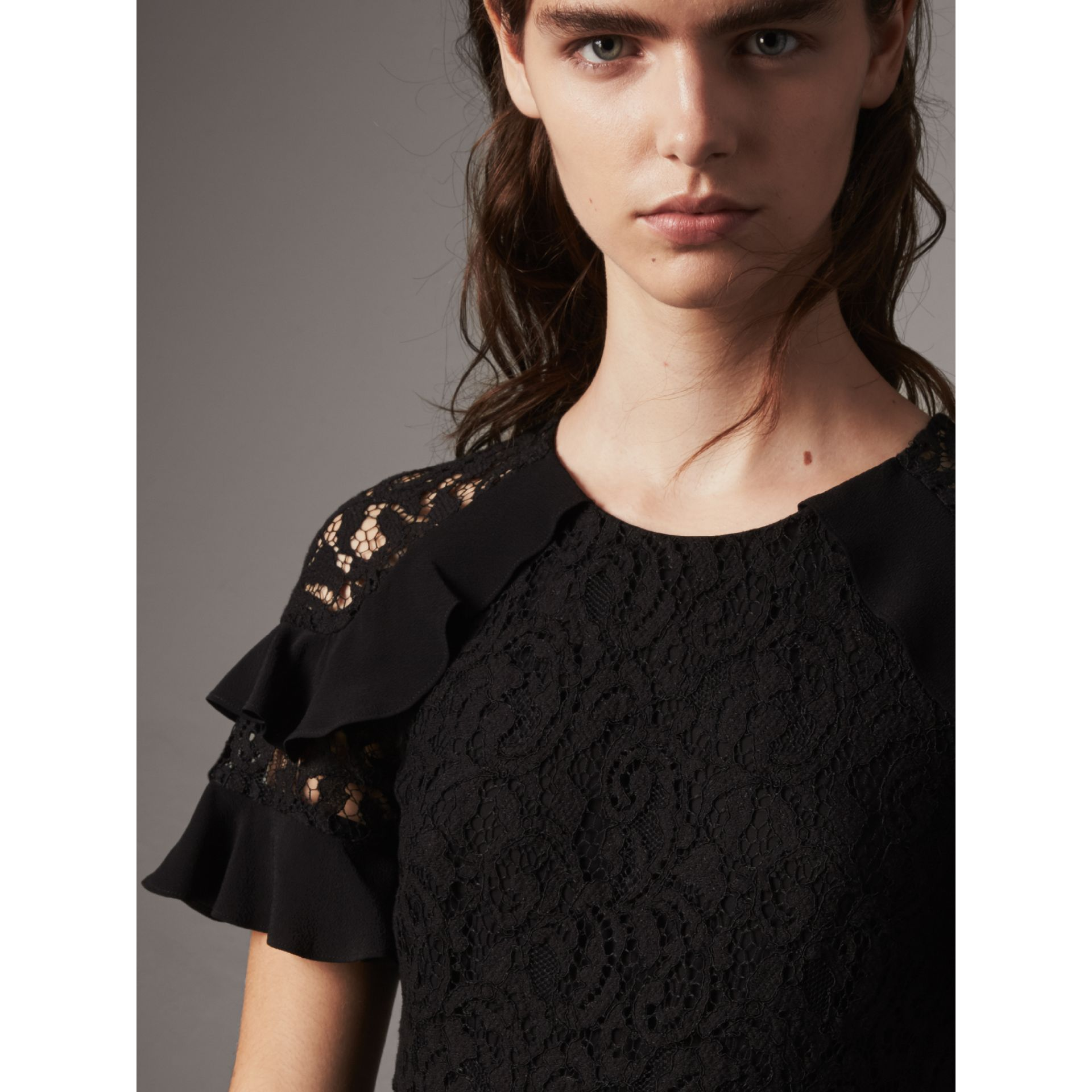 Ruffle Detail Floral Lace Dress in Black - Women | Burberry Singapore - gallery image 2