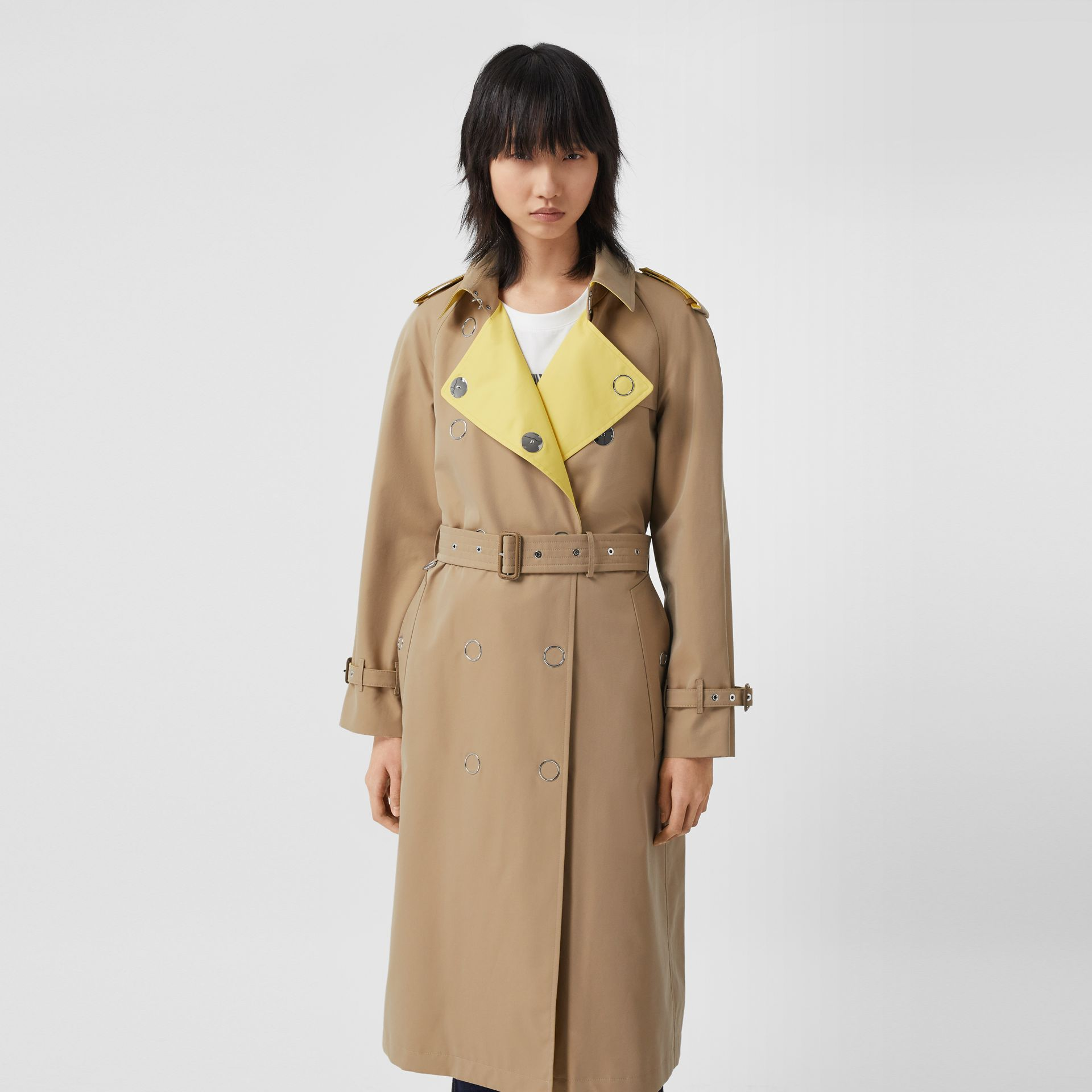 Colour Block Cotton Gabardine Trench Coat in Honey - Women | Burberry Canada - gallery image 6