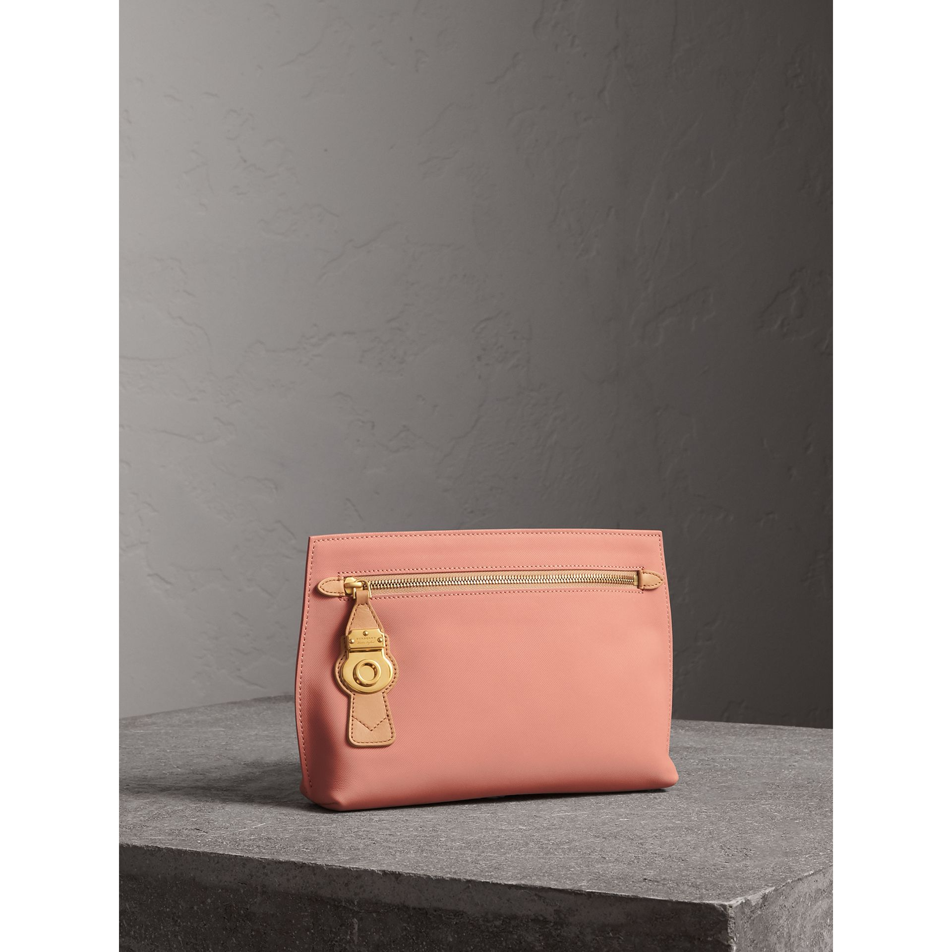 Two-tone Trench Leather Wristlet Pouch in Ash Rose/pale Clementine - Women | Burberry United Kingdom - gallery image 5