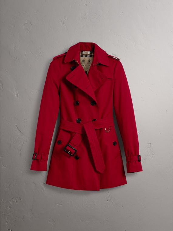 The Sandringham – Short Trench Coat in Parade Red - Women | Burberry - cell image 3
