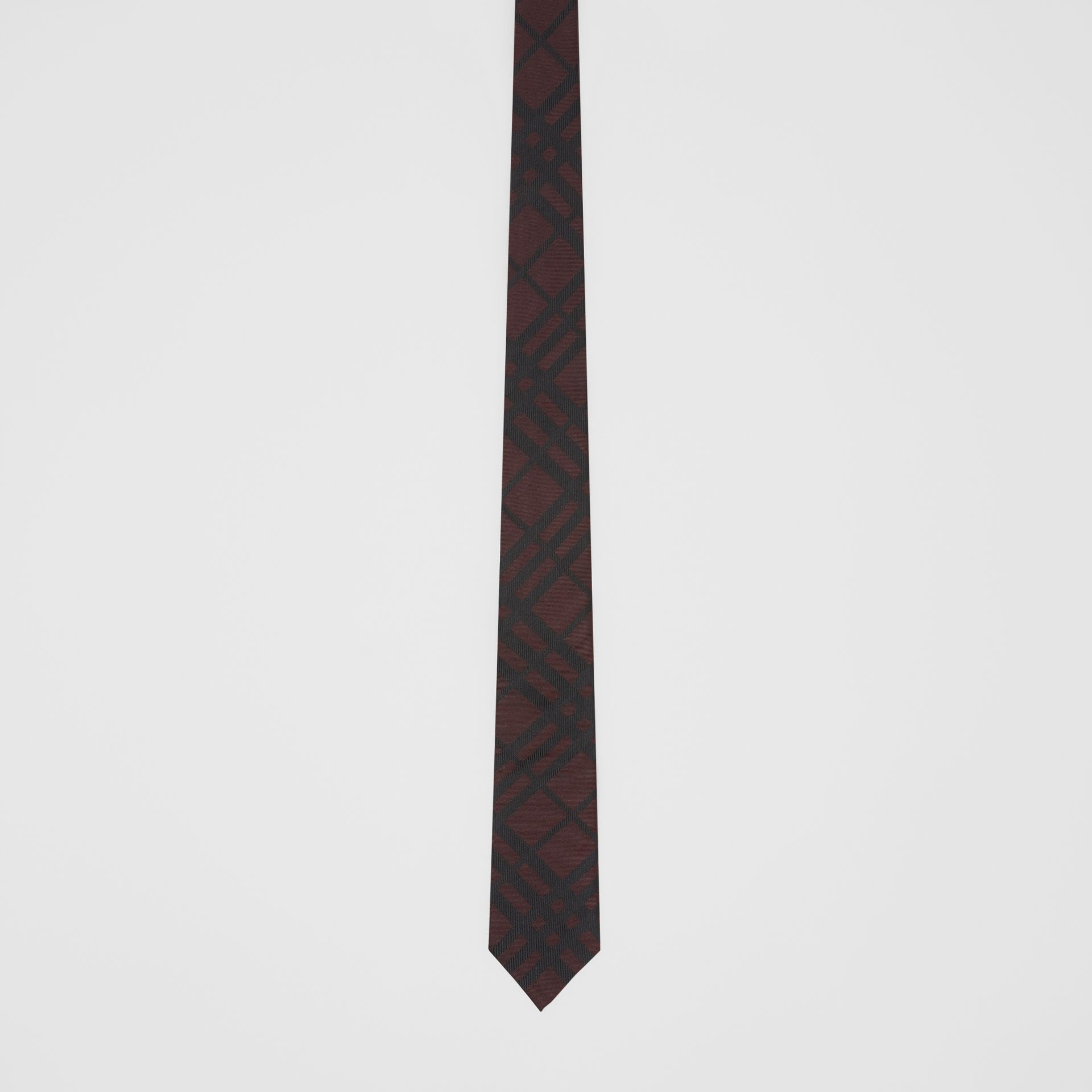 Classic Cut Check Silk Jacquard Tie in Oxblood - Men | Burberry Singapore - gallery image 3