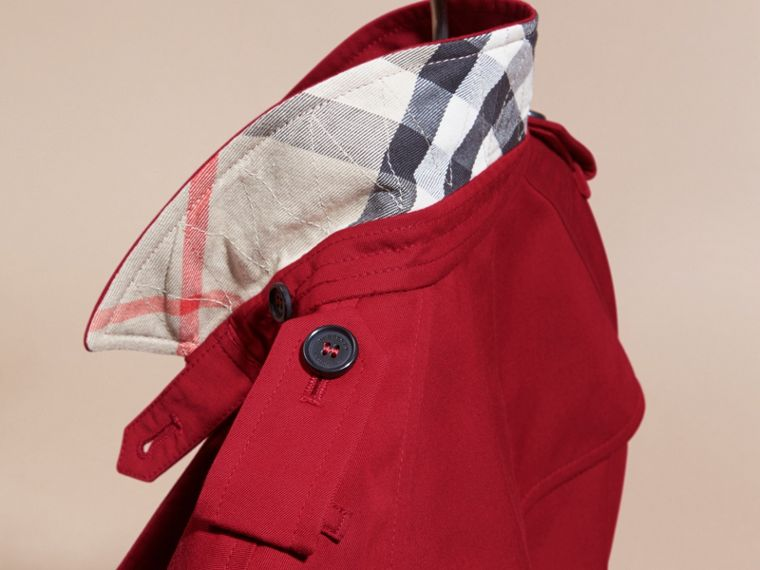 The Wiltshire – Heritage Trench Coat in Parade Red - cell image 4