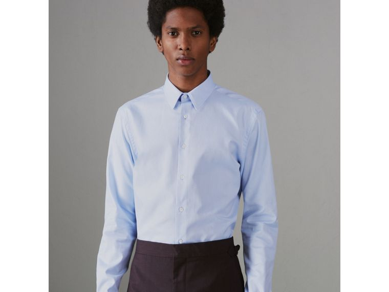 Modern Fit Double Cuff Cotton Shirt in Mid Blue - Men | Burberry - cell image 4