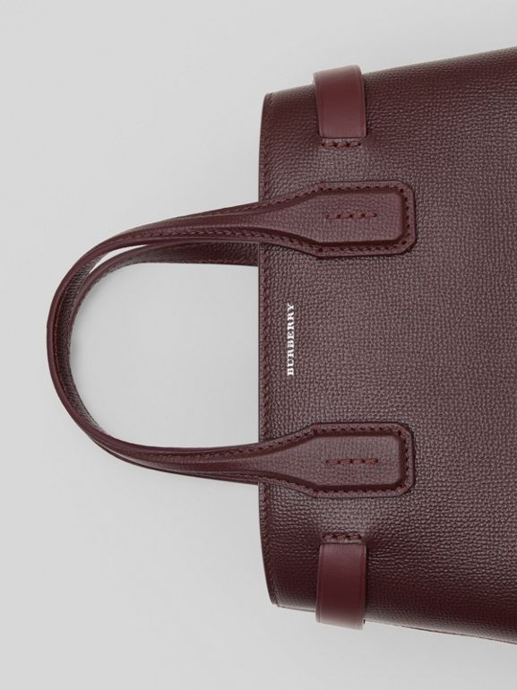 The Small Banner Bag in Leather and Vintage Check in Mahogany Red - Women | Burberry United States - cell image 1