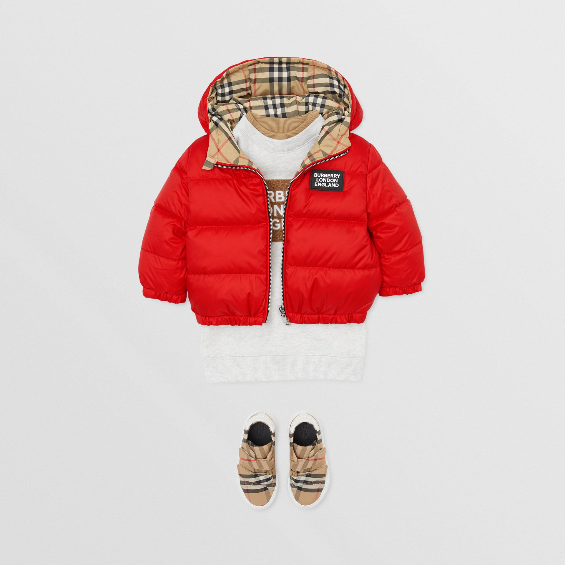 Reversible Vintage Check Down-filled Puffer Jacket in Bright Red - Children | Burberry - gallery image 2
