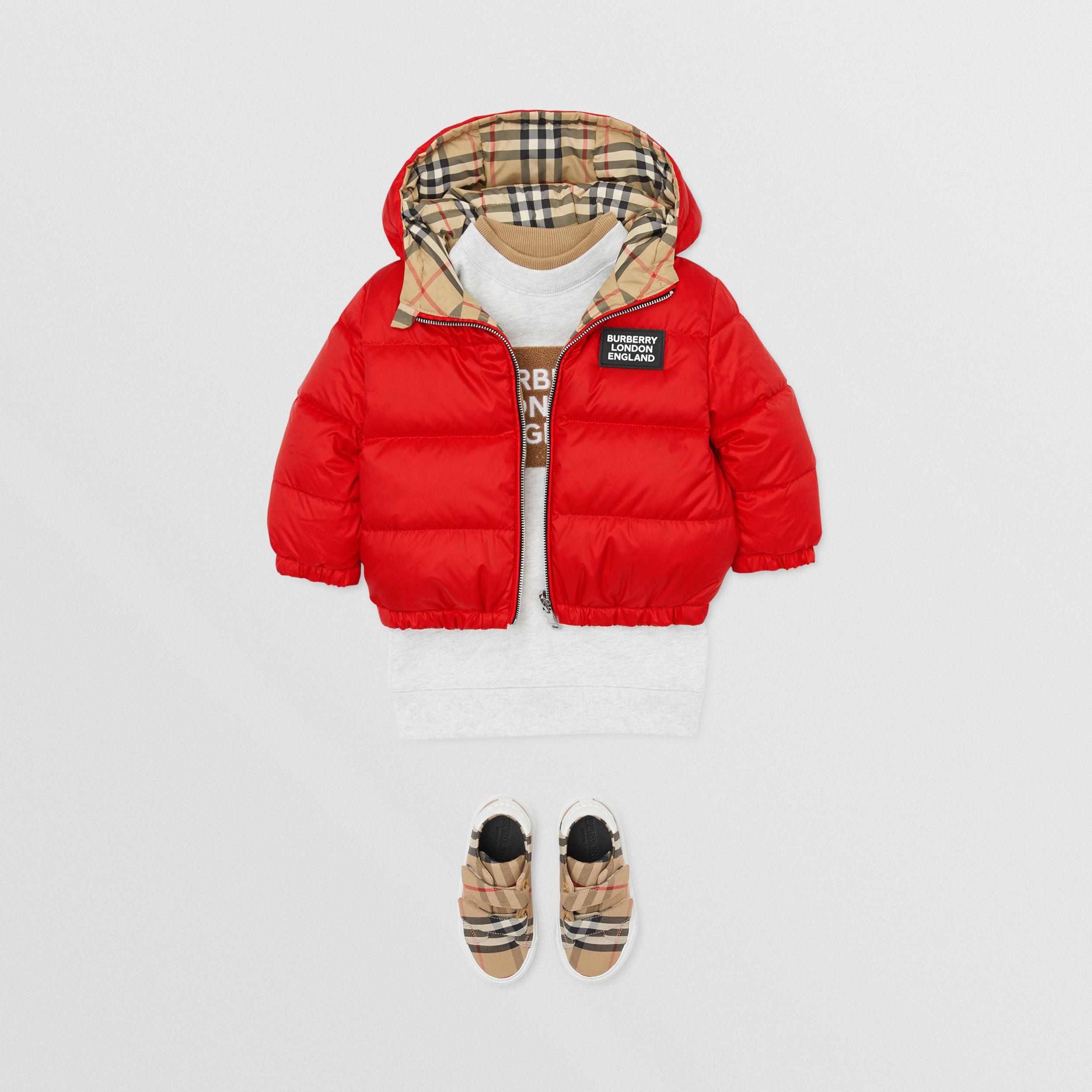 Reversible Vintage Check Down-filled Puffer Jacket in Bright Red - Children | Burberry - 3