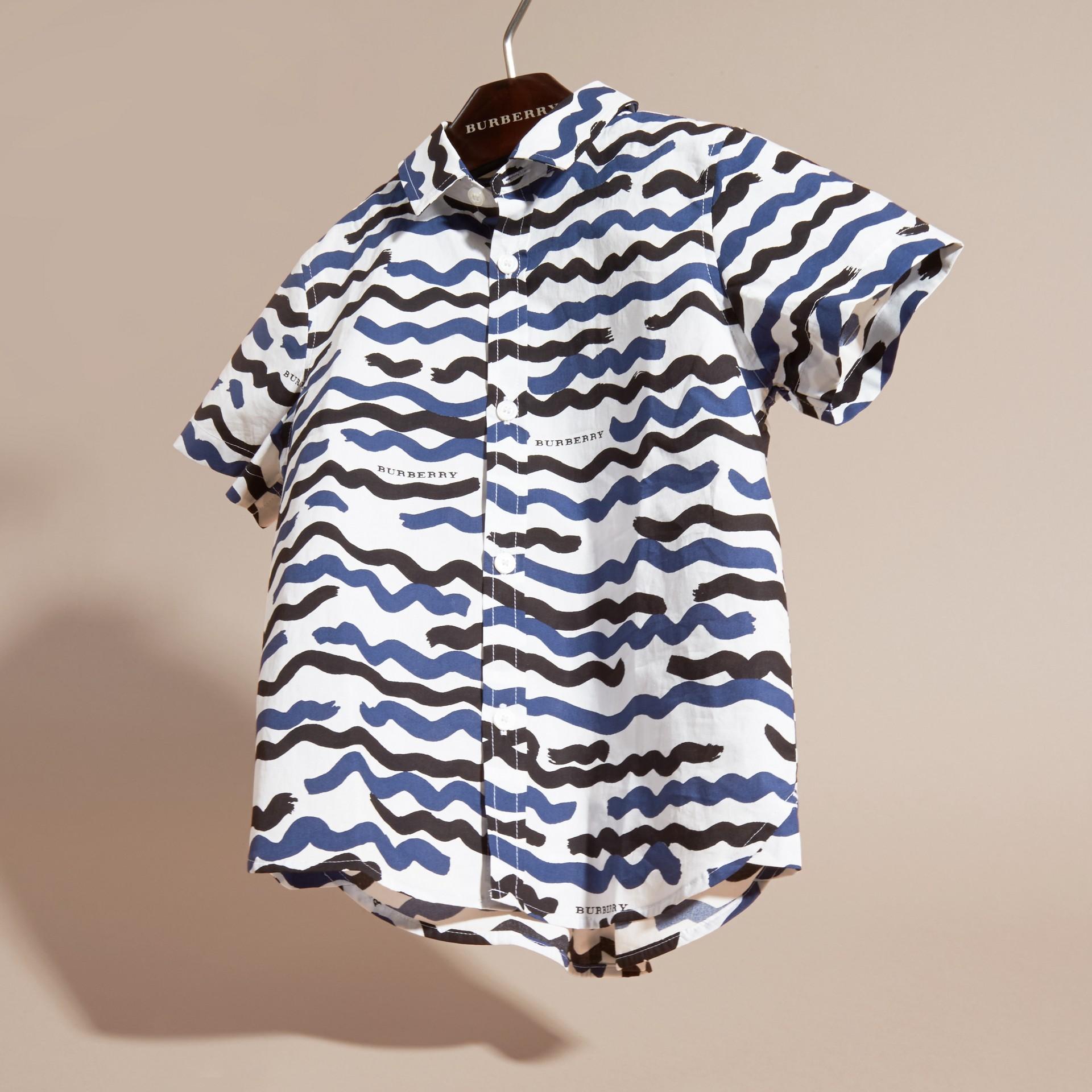 Short-sleeve Waves Print Cotton Shirt - gallery image 3