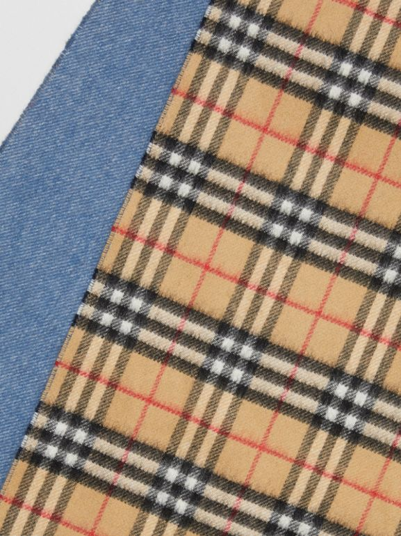 Long Reversible Vintage Check Double-faced Cashmere Scarf in Stone Blue | Burberry - cell image 1