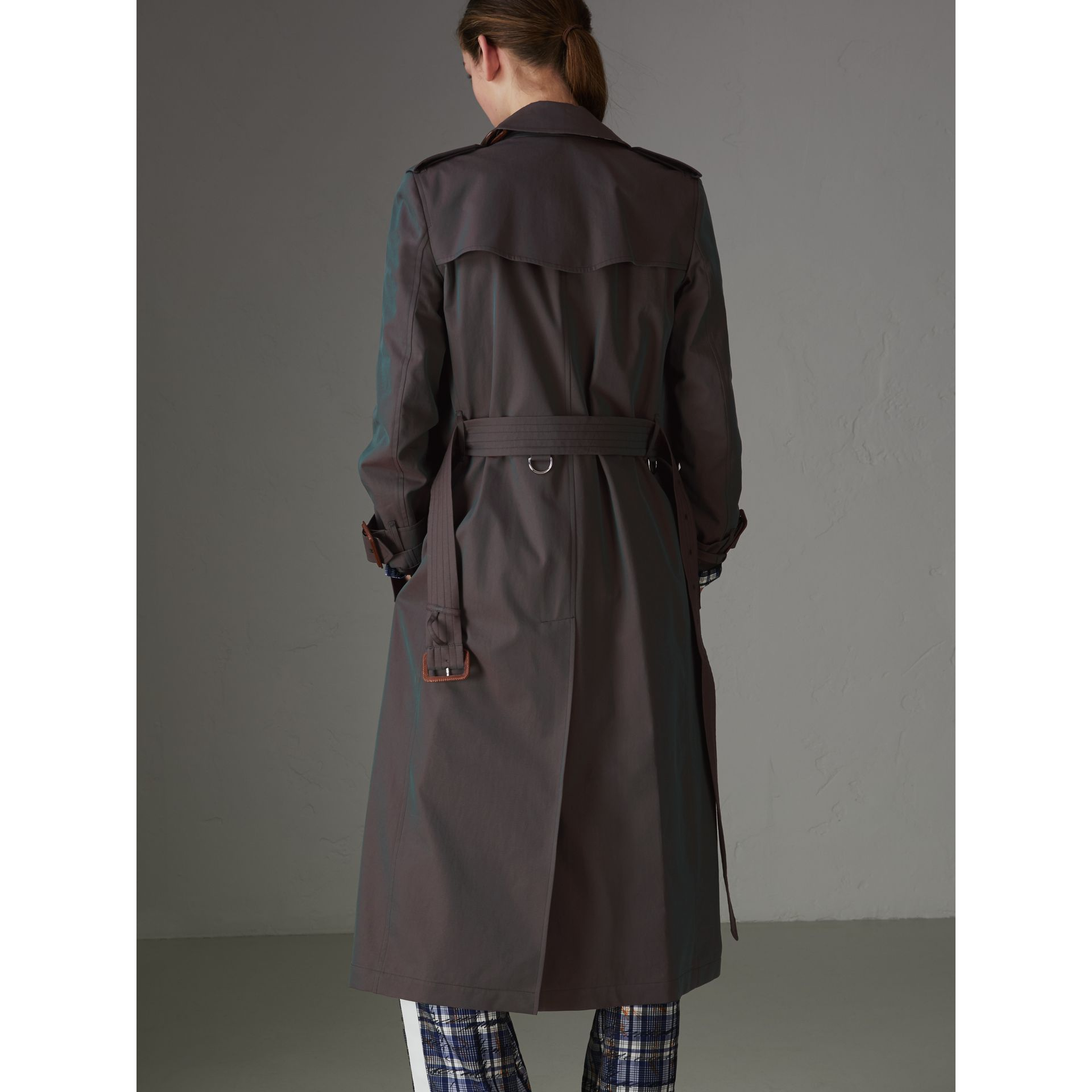 Tropical Gabardine Trench Coat in Dark Antique Green - Women | Burberry - gallery image 2