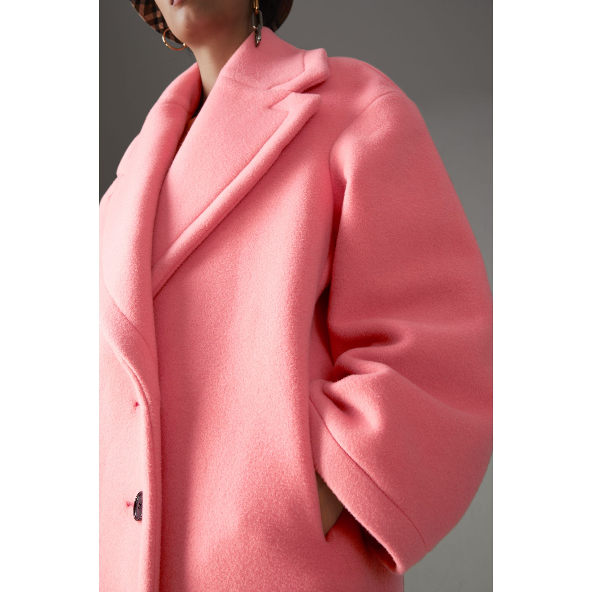Manteau cocon en laine et cachemire double face (Rose Corail Vif) - Femme | Burberry - photo de la galerie 1
