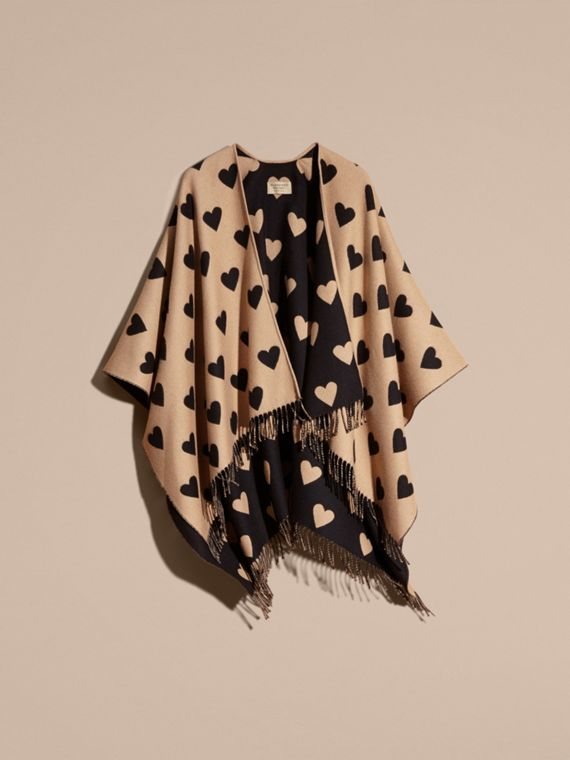 Camel/black Heart Jacquard Merino Wool Poncho Camel/black - cell image 3