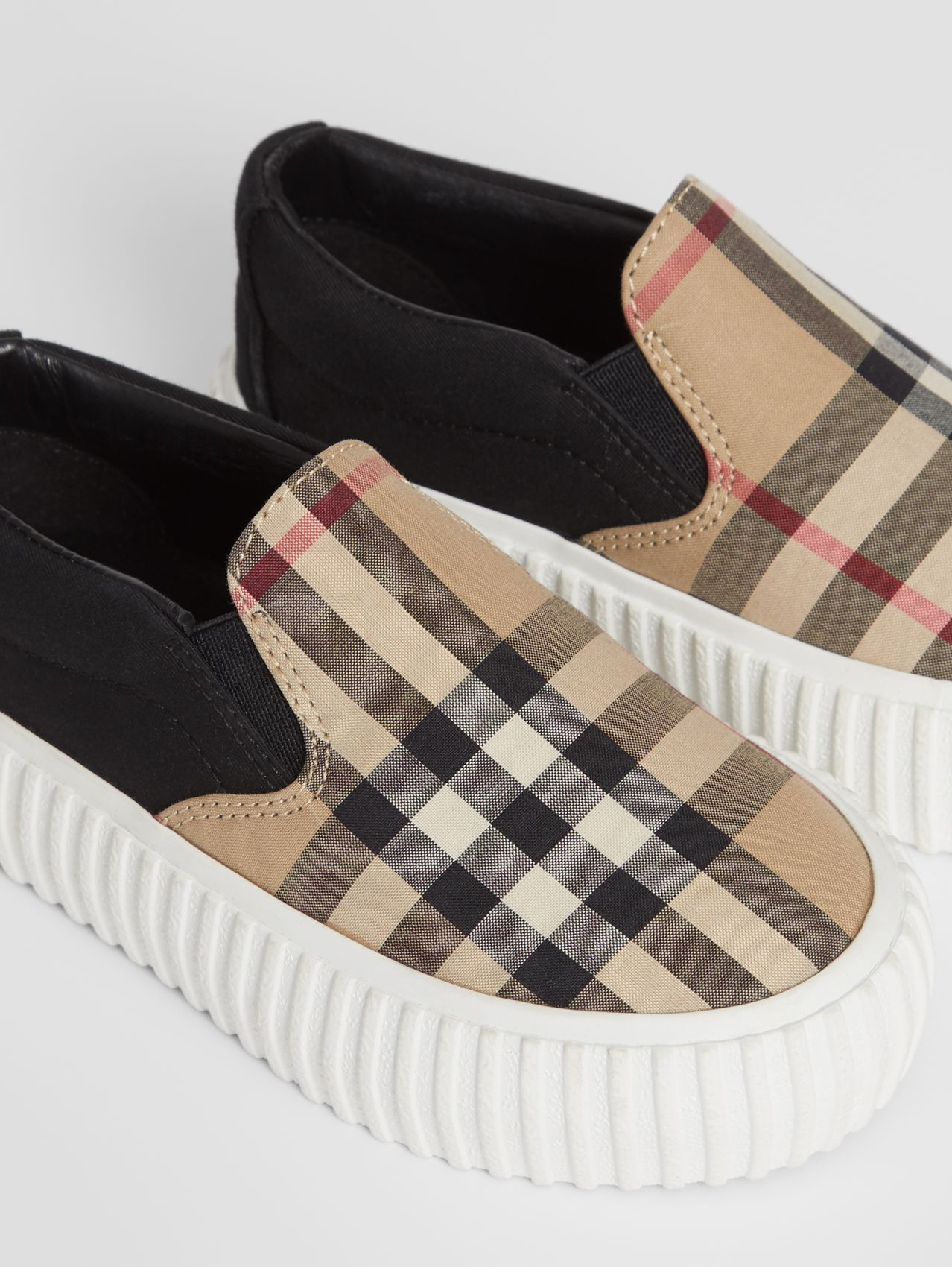 Vintage Check Detail Cotton Slip-on Sneakers (Archive Beige/black)