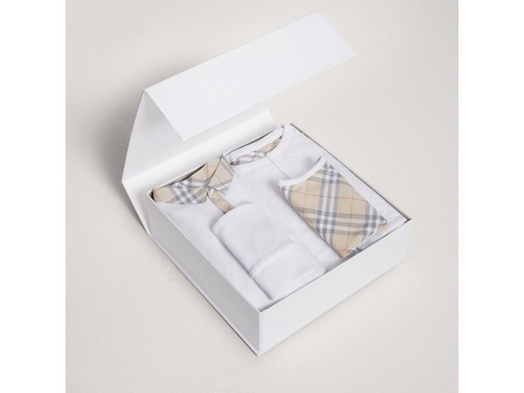 Cotton Four-piece Baby Gift Set in White - Boy | Burberry - cell image 2