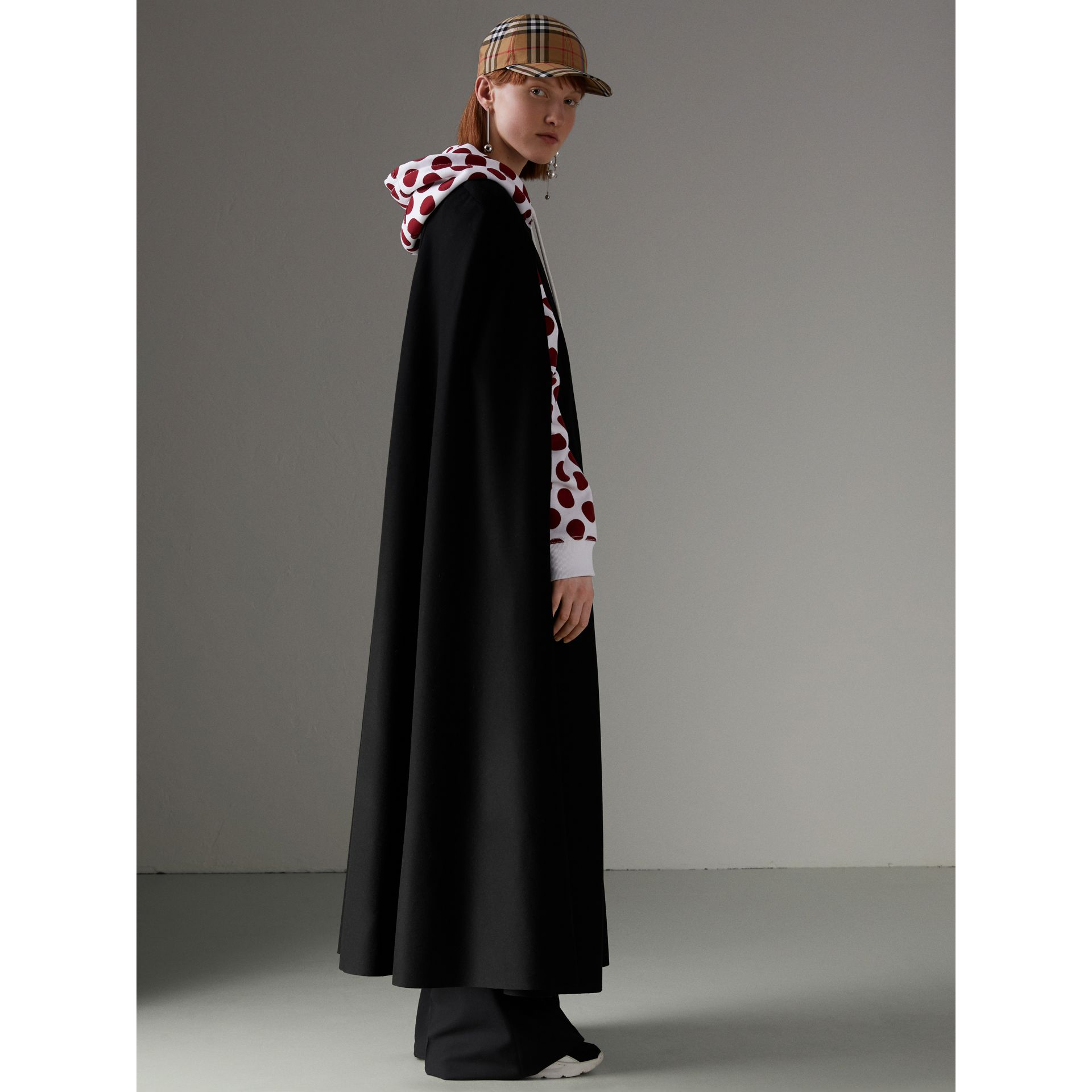Long Doeskin Wool Cape in Black - Women | Burberry - gallery image 2