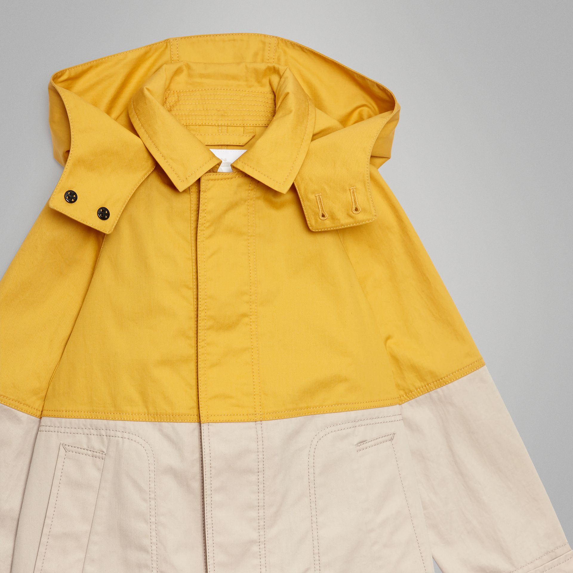 Detachable Hood Colour Block Cotton Car Coat in Gorse Yellow | Burberry United Kingdom - gallery image 4