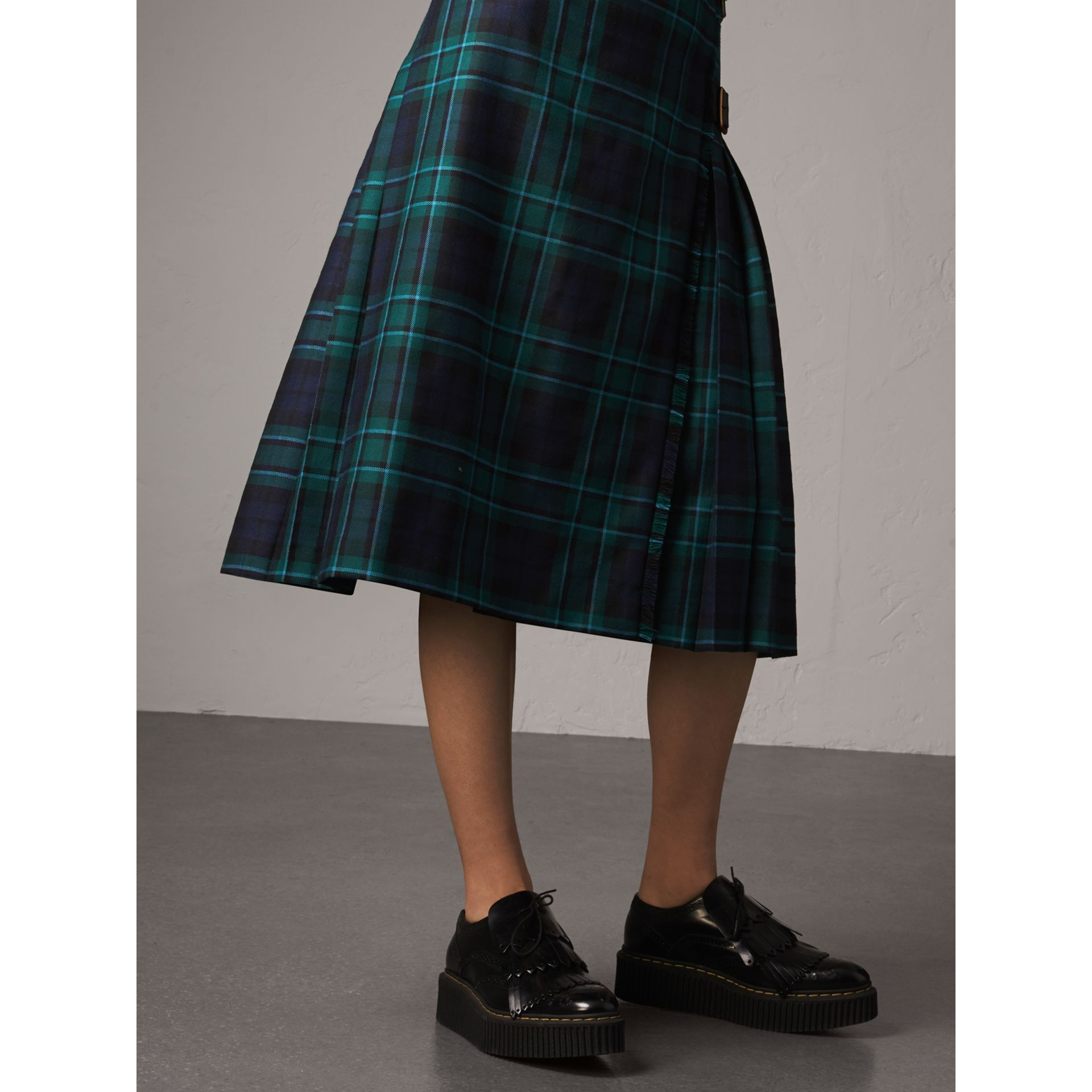 Tartan Wool Kilt in Pine Green - Women | Burberry Singapore - gallery image 5