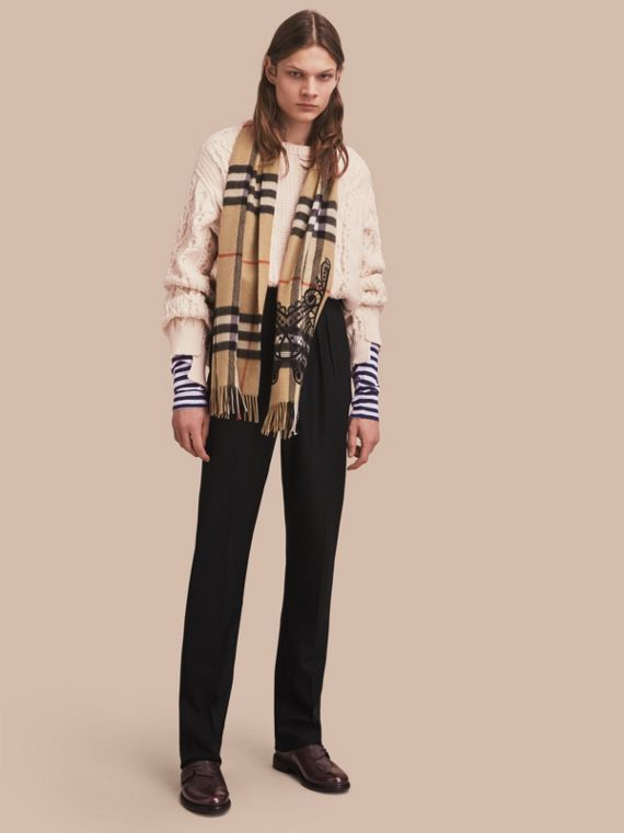 The Classic Cashmere Scarf in Check and Lace