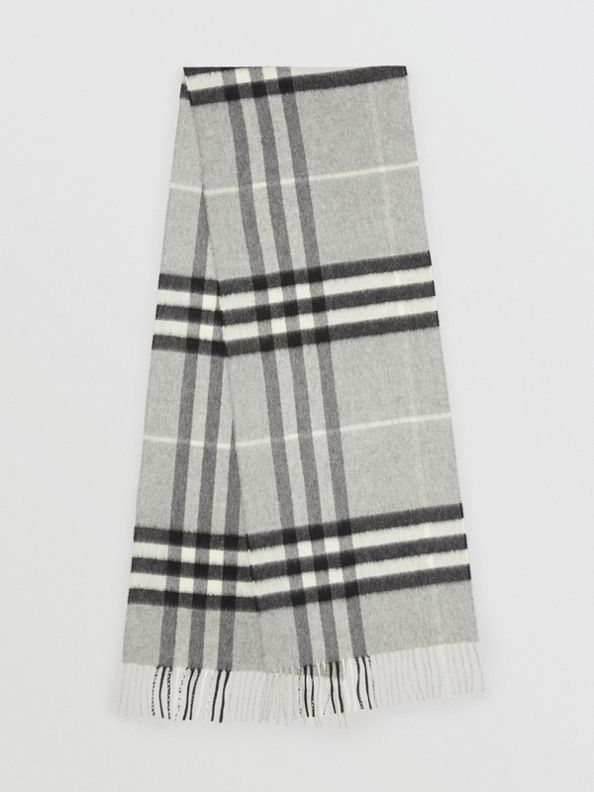 The Classic Check Cashmere Scarf in Pale Grey