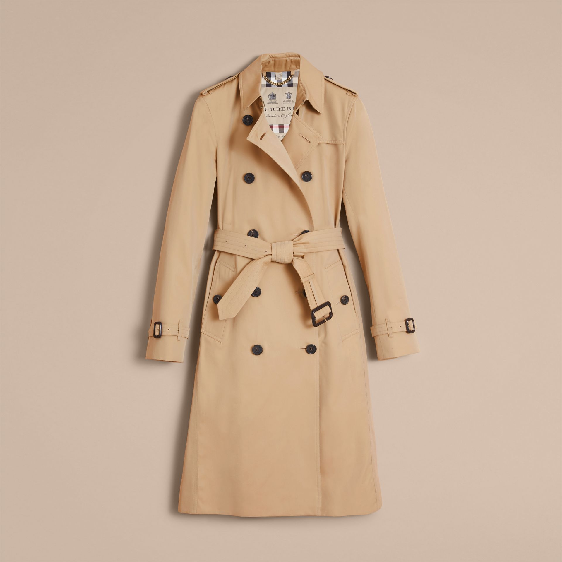 The Kensington – Extra-long Heritage Trench Coat in Honey - Women | Burberry Singapore - gallery image 4