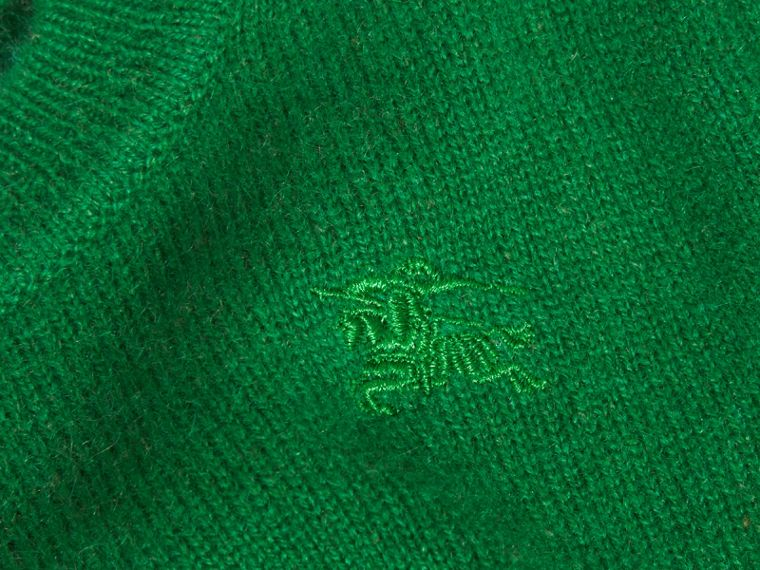 Check Detail Cashmere Sweater in Bright Pigment Green - cell image 1
