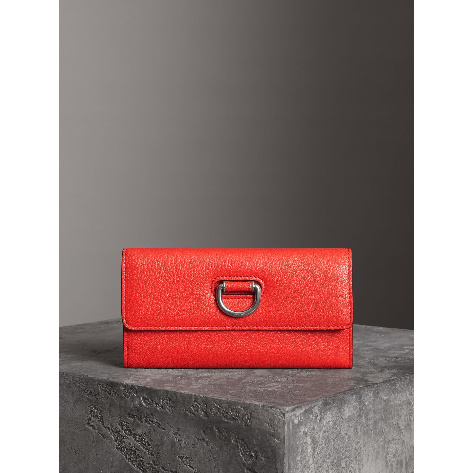 D-ring Grainy Leather Continental Wallet in Bright Red - Women | Burberry - gallery image 4