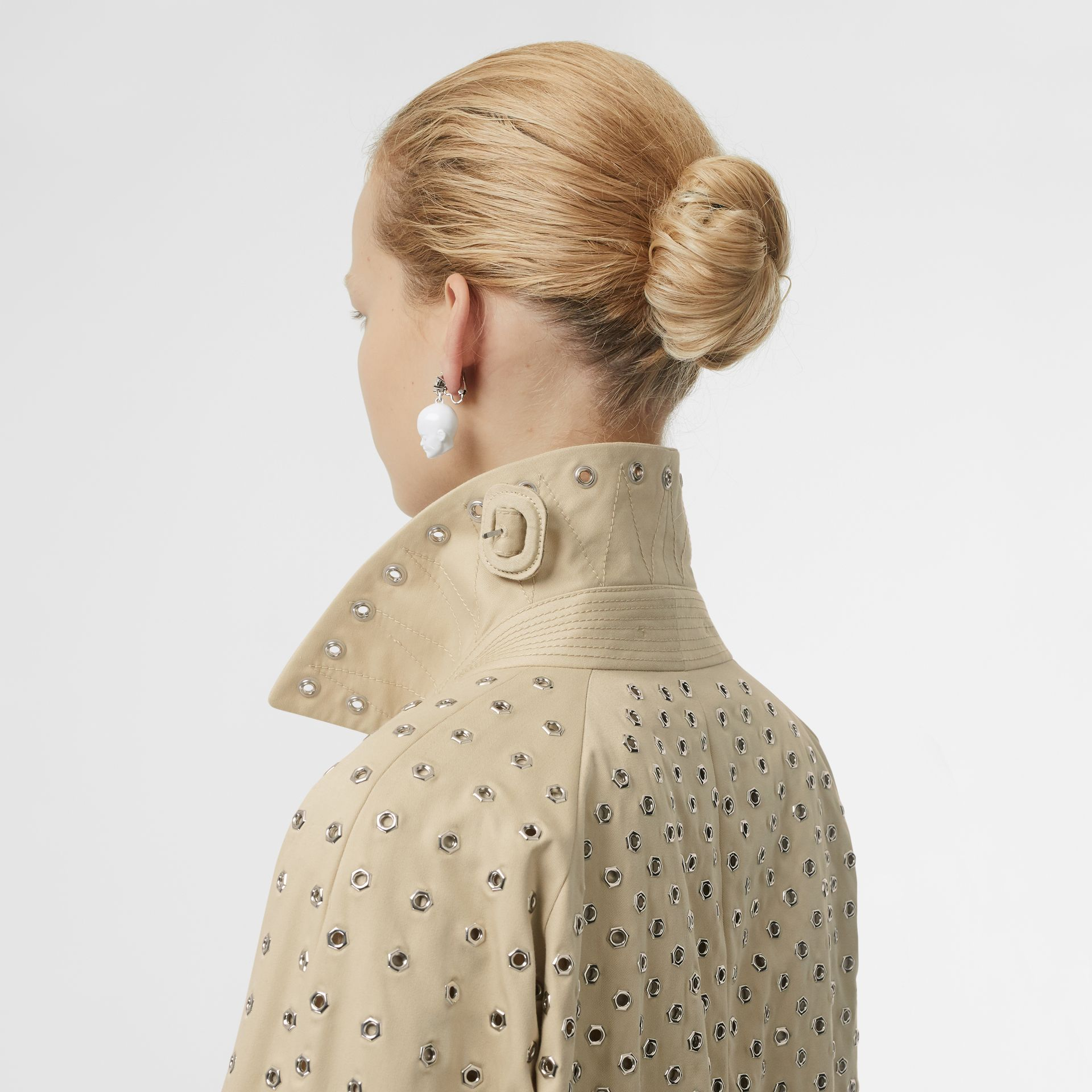 Eyelet Detail Cotton Car Coat in Light Beige - Women | Burberry - gallery image 6