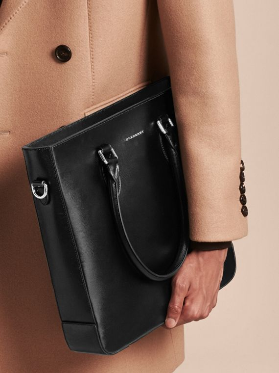 London Leather Tote Bag in Black - Men | Burberry - cell image 2