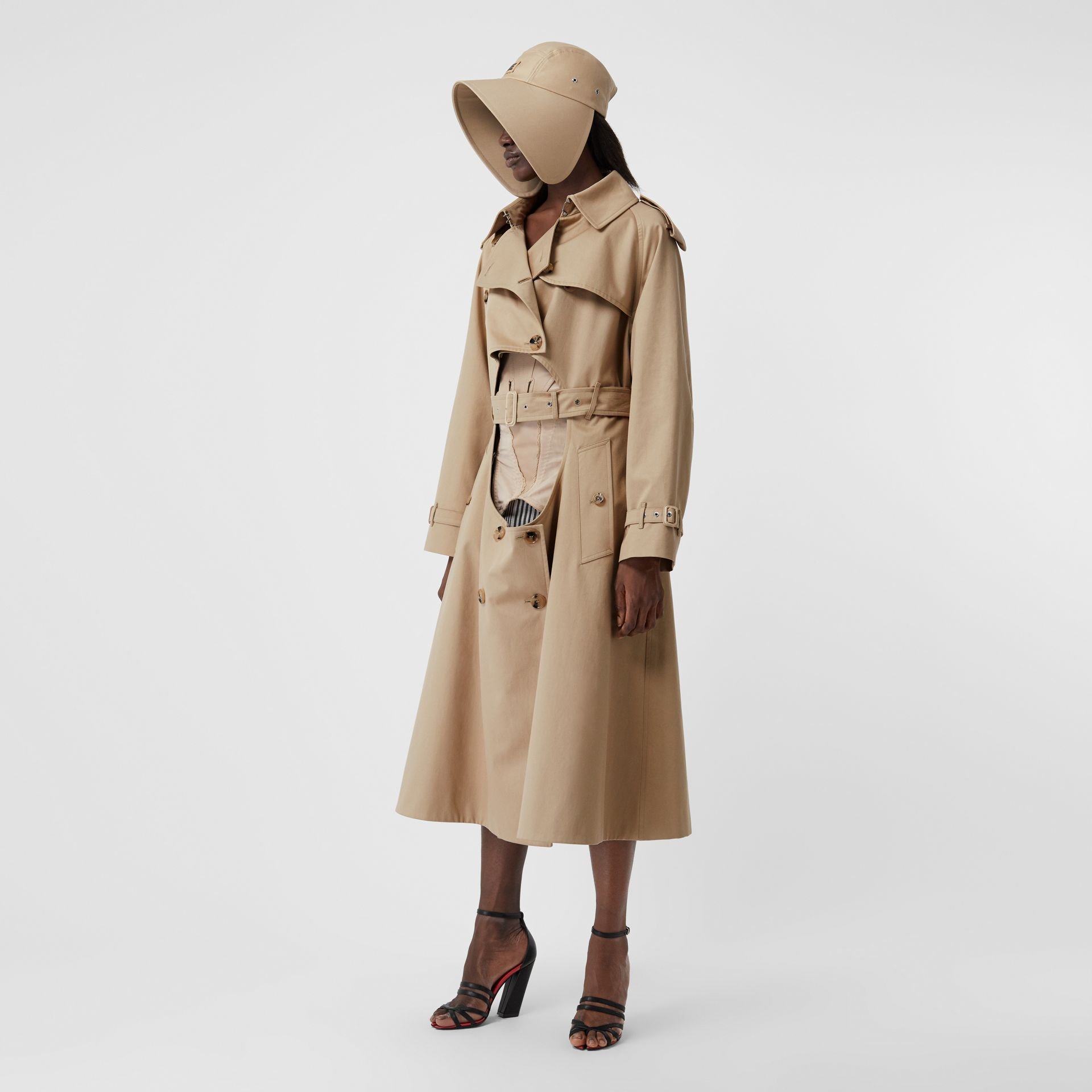 Cotton Gabardine Step-through Trench Coat in Soft Fawn - Women | Burberry United Kingdom - gallery image 5