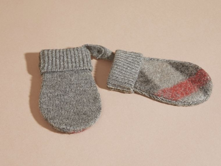 Light grey melange Check Wool and Cashmere Mittens - cell image 2