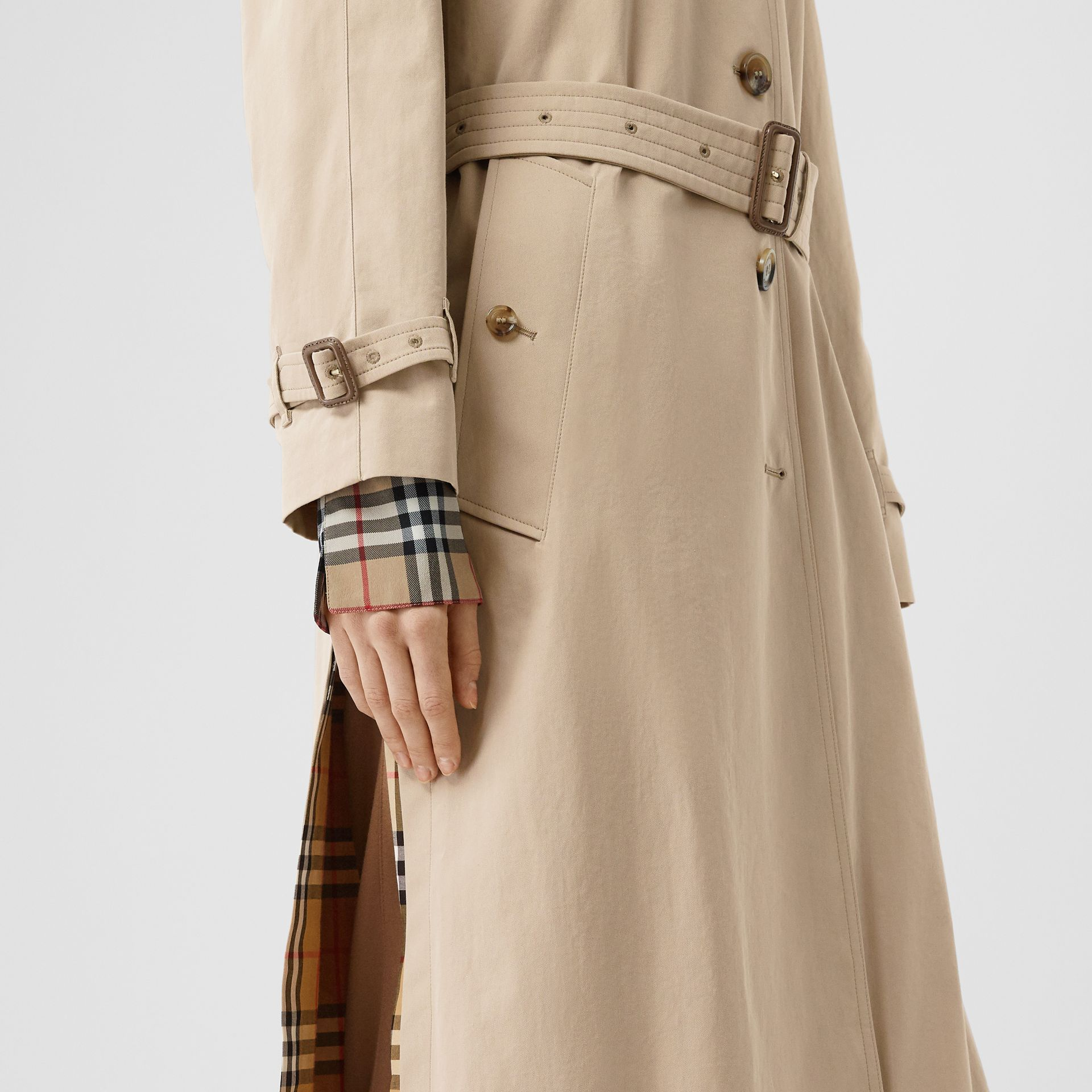 Side-slit Tropical Gabardine Trench Coat in Light Taupe - Women | Burberry United Kingdom - gallery image 5