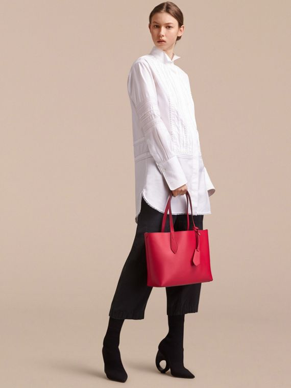 The Small Reversible Tote in Trompe L'oeil Print - cell image 2
