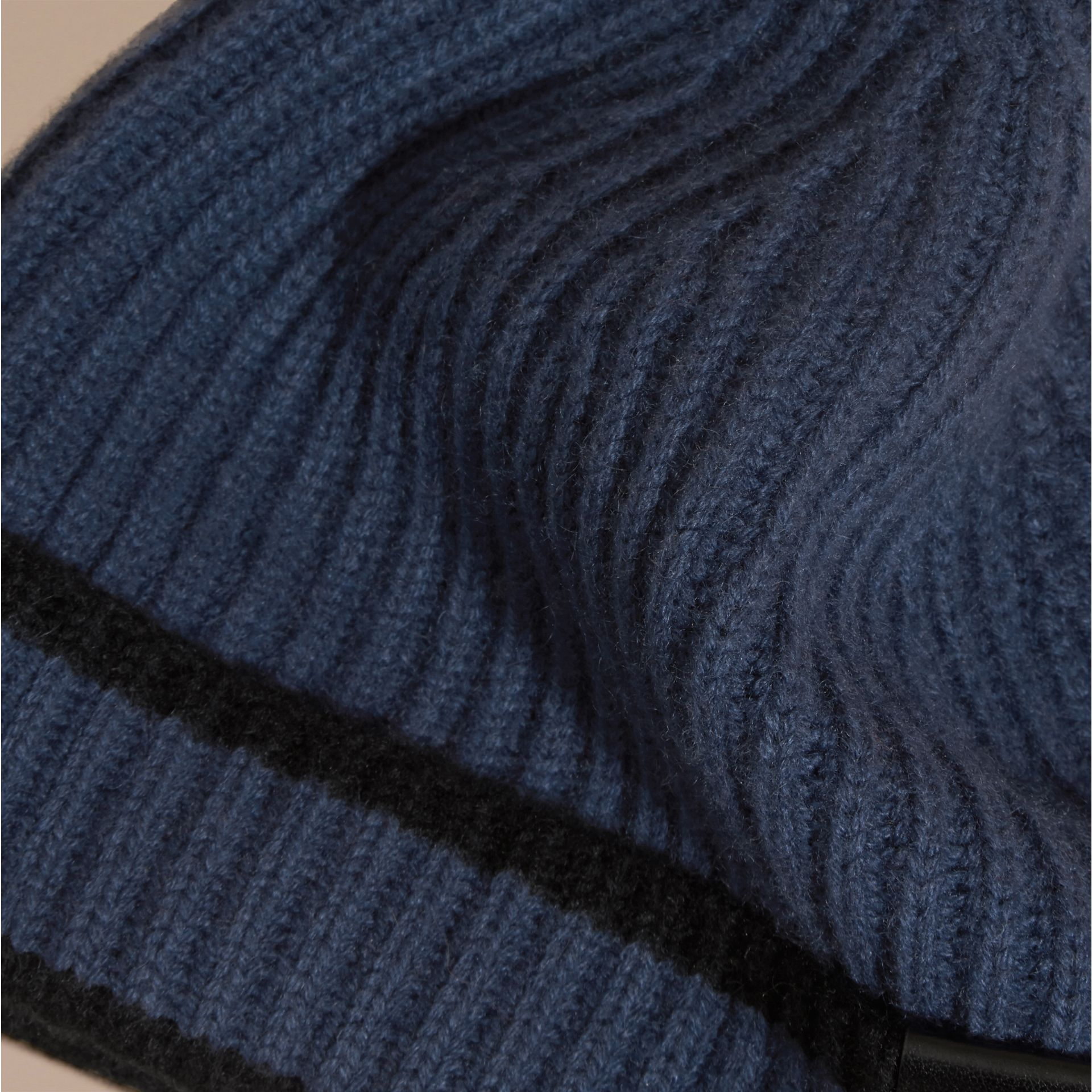 Brt navy blue/black Ribbed Cashmere Tipped Beanie - gallery image 2