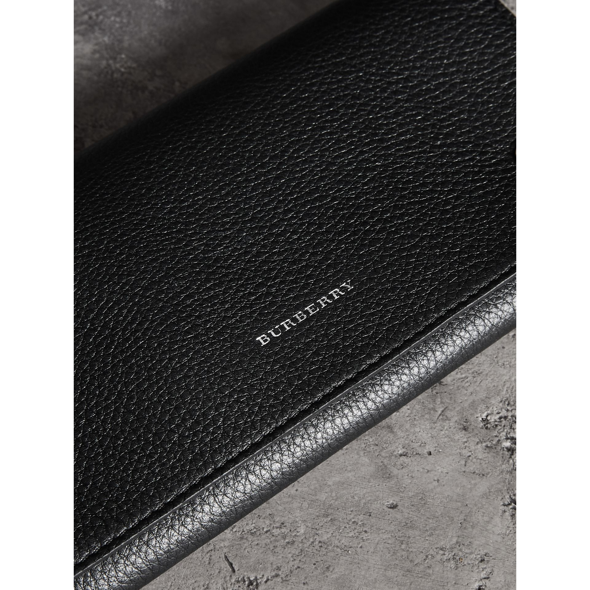 Two-tone Leather Continental Wallet in Black - Women | Burberry United Kingdom - gallery image 1