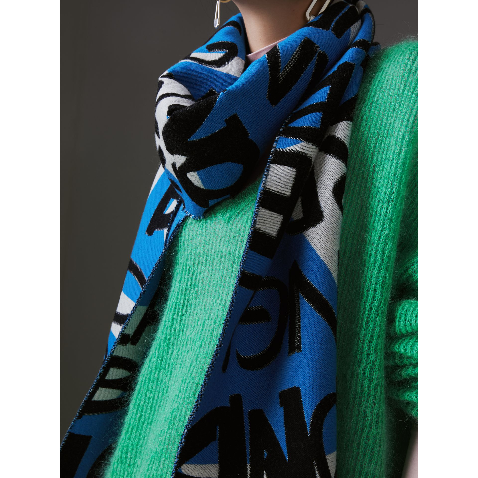 Graffiti Cotton Jacquard Scarf in Bright Sky Blue | Burberry - gallery image 4