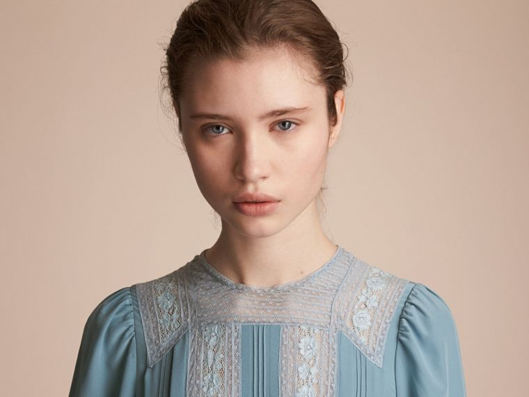 Lace and Pintuck Detail Silk Dress in Bright Mineral Blue - Women | Burberry - cell image 4