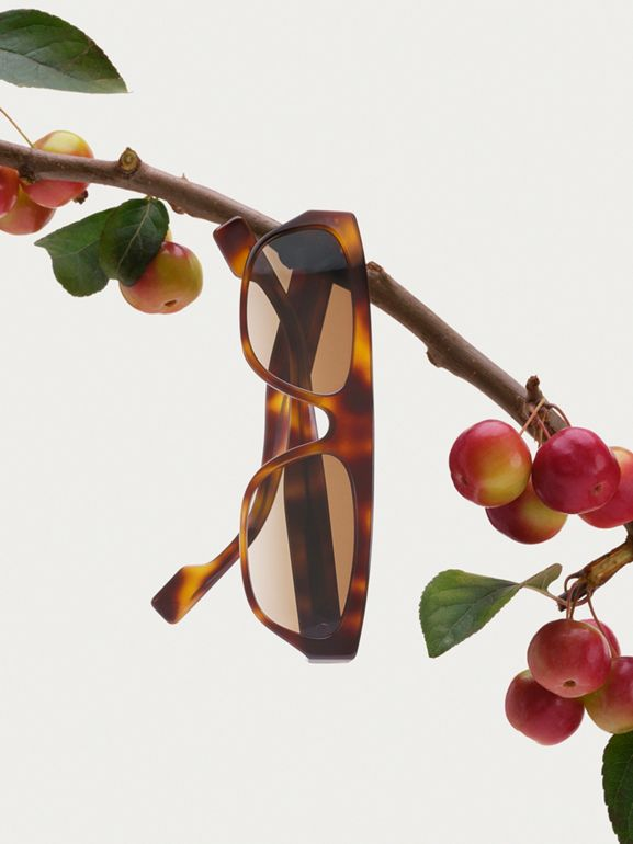 Monogram Motif Rectangular Frame Sunglasses in Amber Tortoiseshell | Burberry - cell image 1