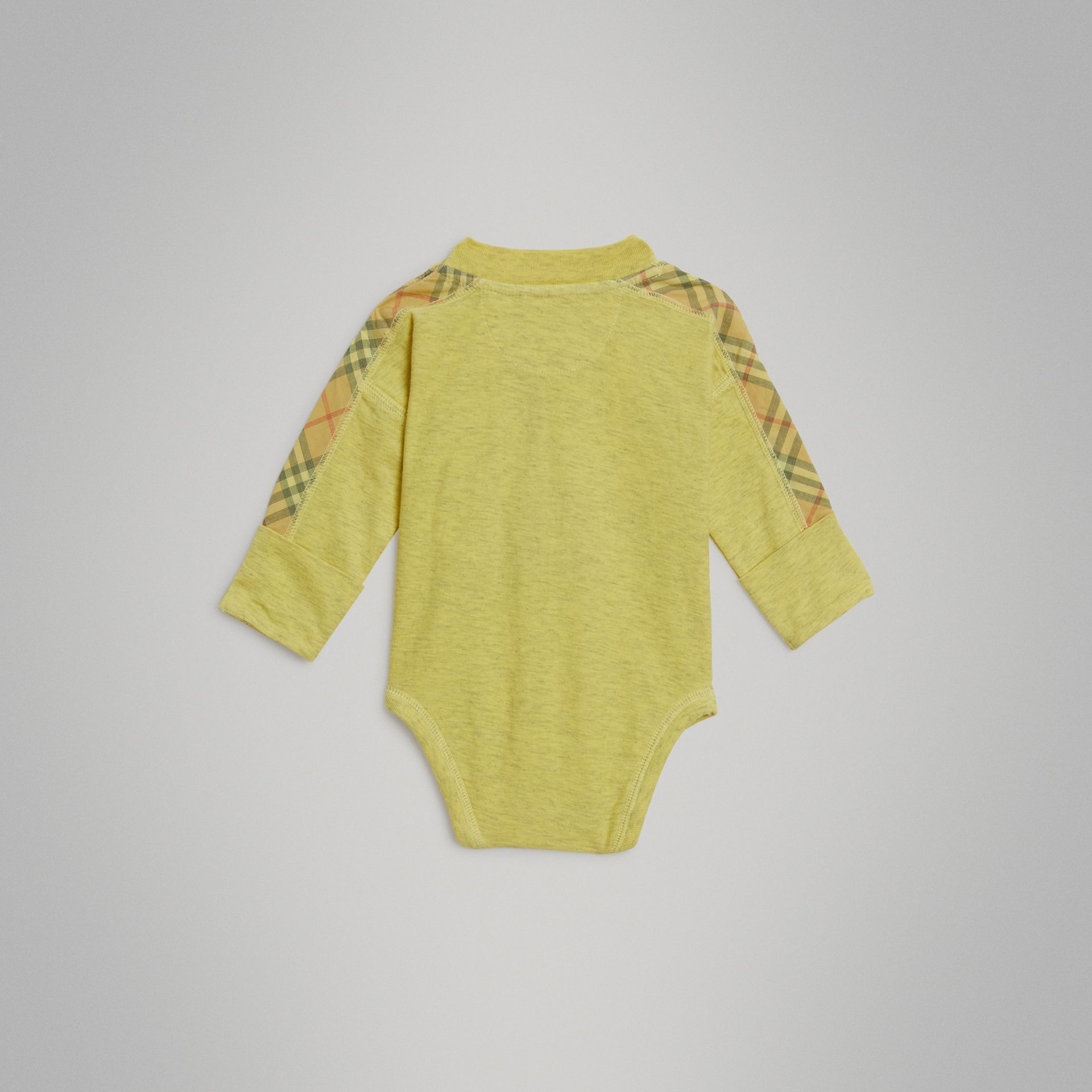 Check Cotton Three-piece Baby Gift Set in Multicolour - Children | Burberry - gallery image 5