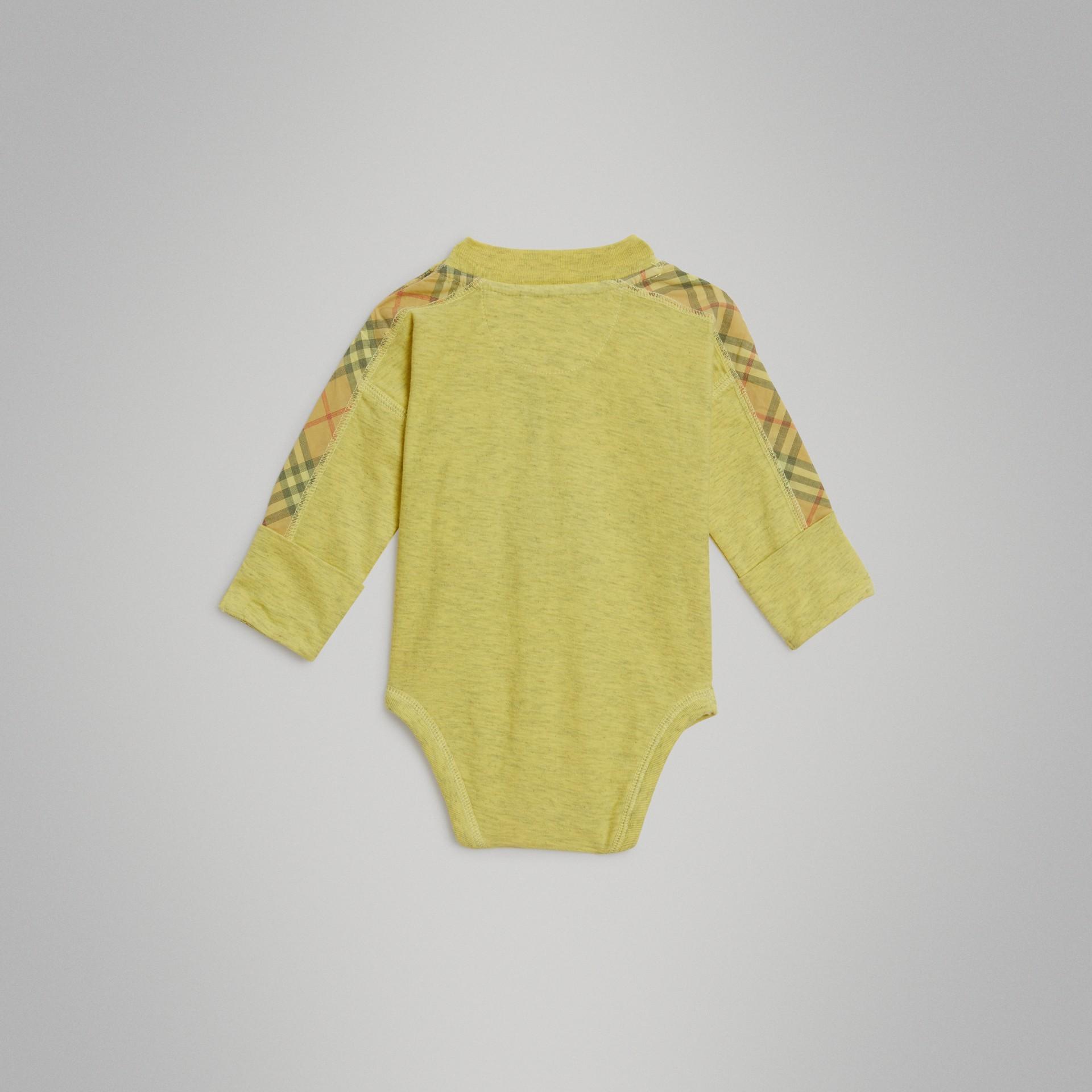 Gift set para bebê de três peças de algodão com detalhe xadrez (Multicolorido) - Crianças | Burberry - galeria de imagens 5