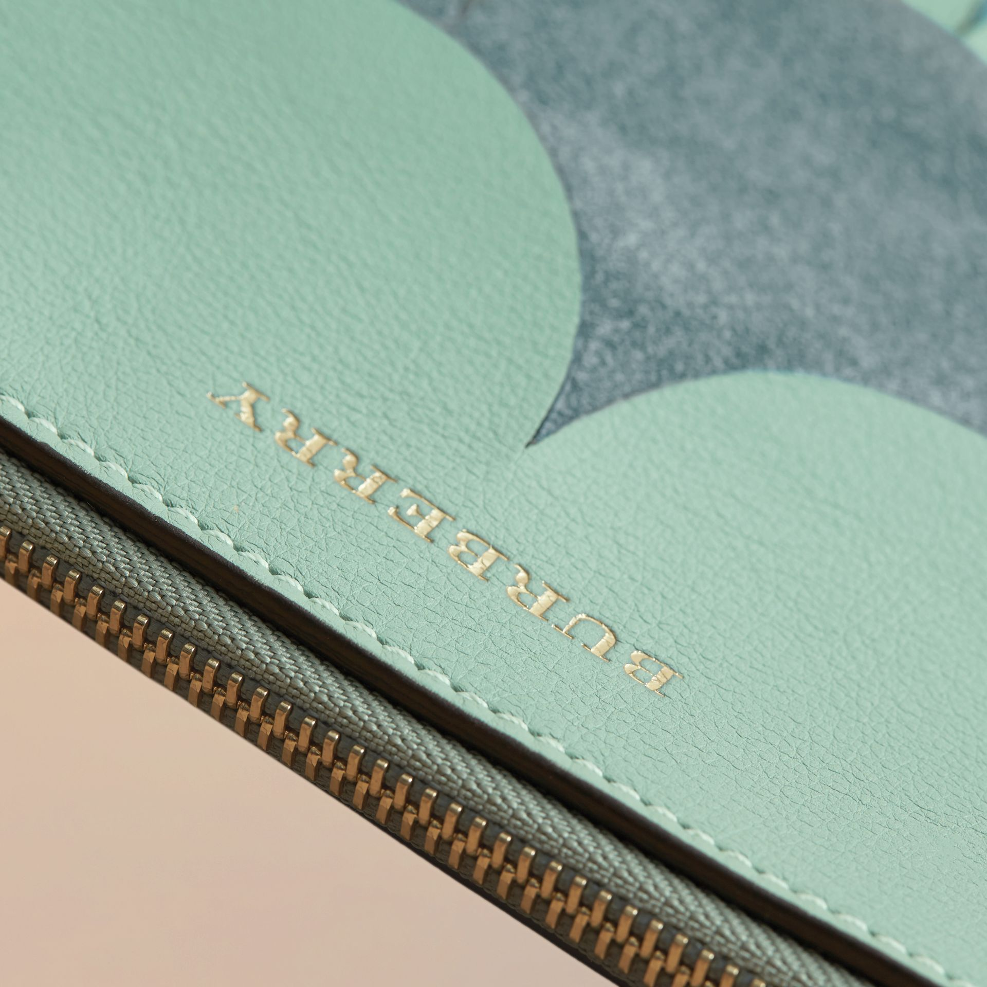Two-tone Scalloped Leather and Suede Clutch Bag in Celadon Green - Women | Burberry Australia - gallery image 7