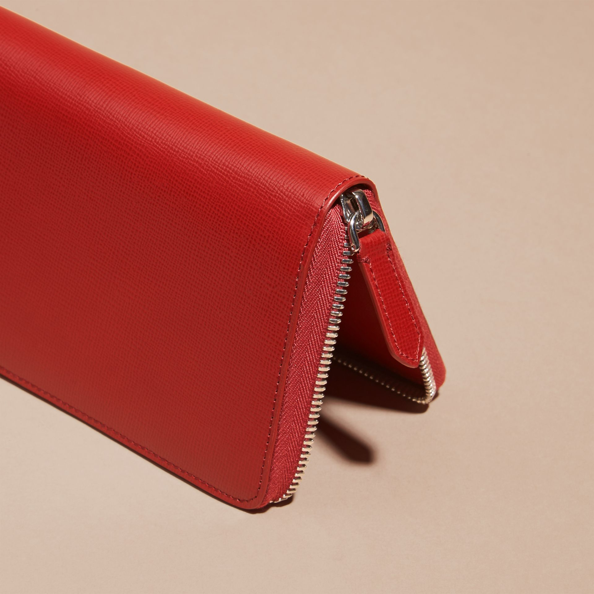 Dark military red London Leather Ziparound Wallet - gallery image 4