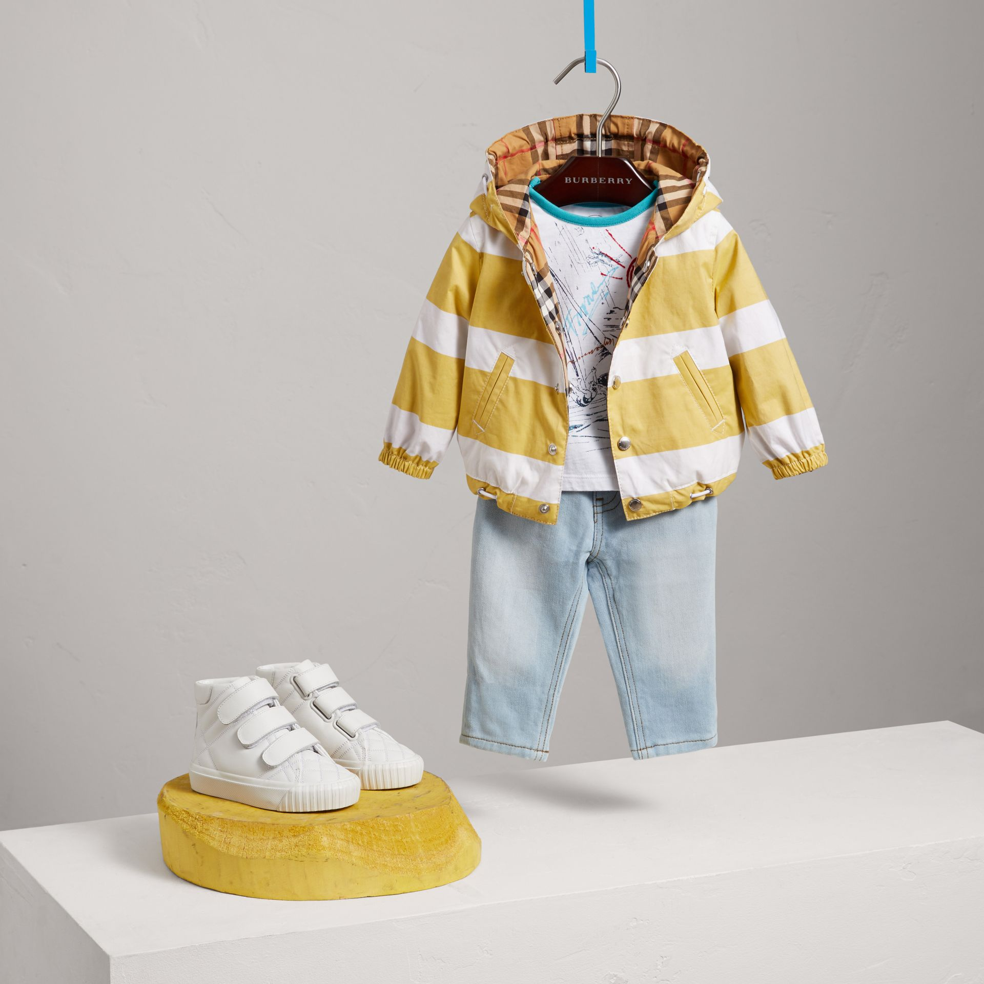 Reversible Stripe and Vintage Check Hooded Jacket in Larch Yellow/whte - Children | Burberry - gallery image 2