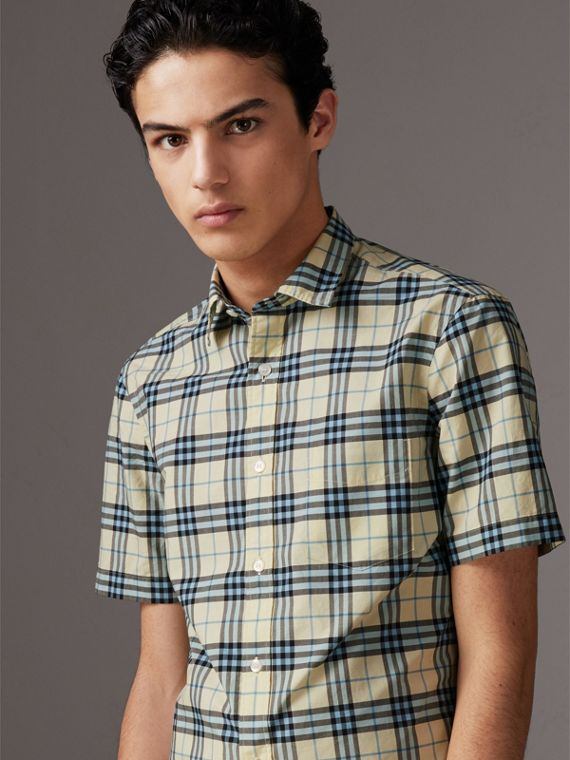 Short-sleeve Check Cotton Shirt in Chalk Yellow