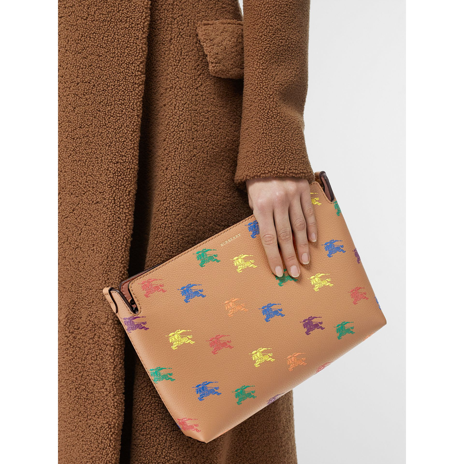 Medium Equestrian Knight Leather Clutch in Light Camel - Women | Burberry - gallery image 2