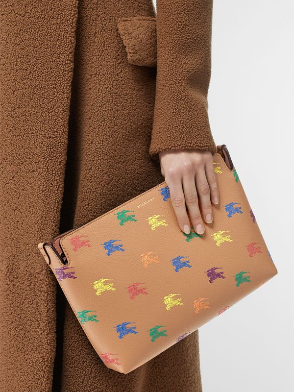 Medium Equestrian Knight Leather Clutch in Light Camel - Women | Burberry - cell image 2