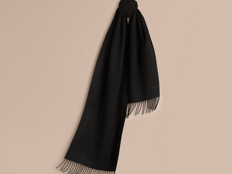 Black The Classic Cashmere Scarf Black - cell image 4