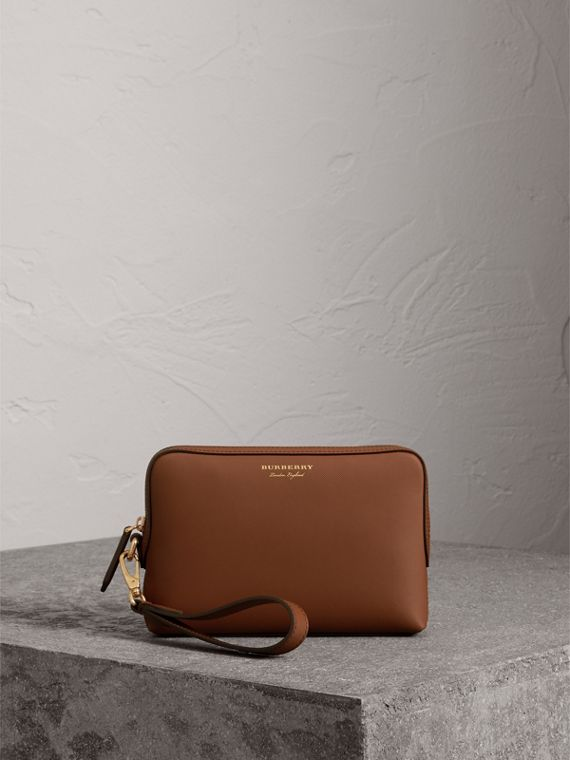 Trench Leather Pouch in Tan