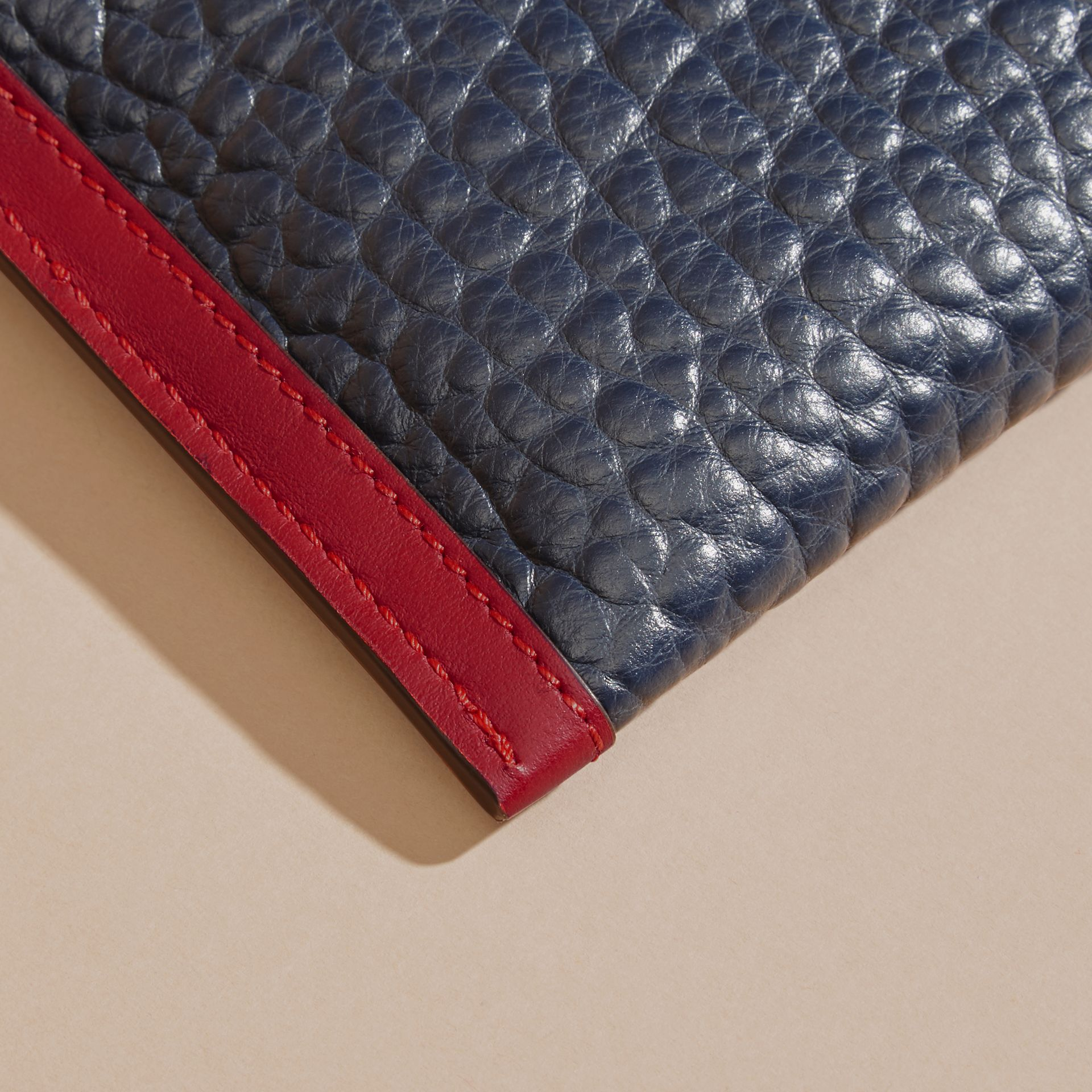 Blue crbn/parade red Contrast Border Signature Grain Leather Clutch Bag - gallery image 7