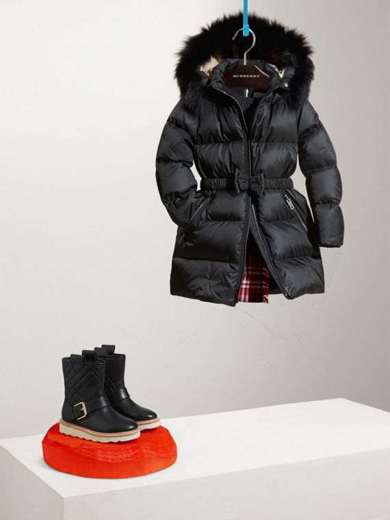 Detachable Fox Fur Trim Hood Down-filled Coat in Black