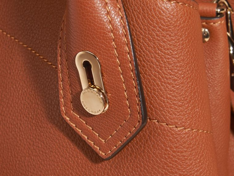 Bright toffee The Medium Milton in Grainy Leather Bright Toffee - cell image 1